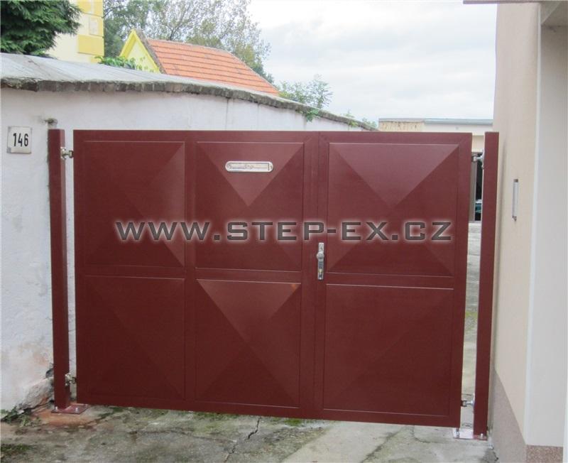 Ocelová vrata